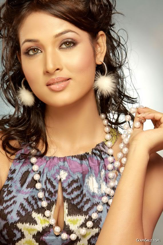 south indian actress wallpapers. South Indian Celebrities: