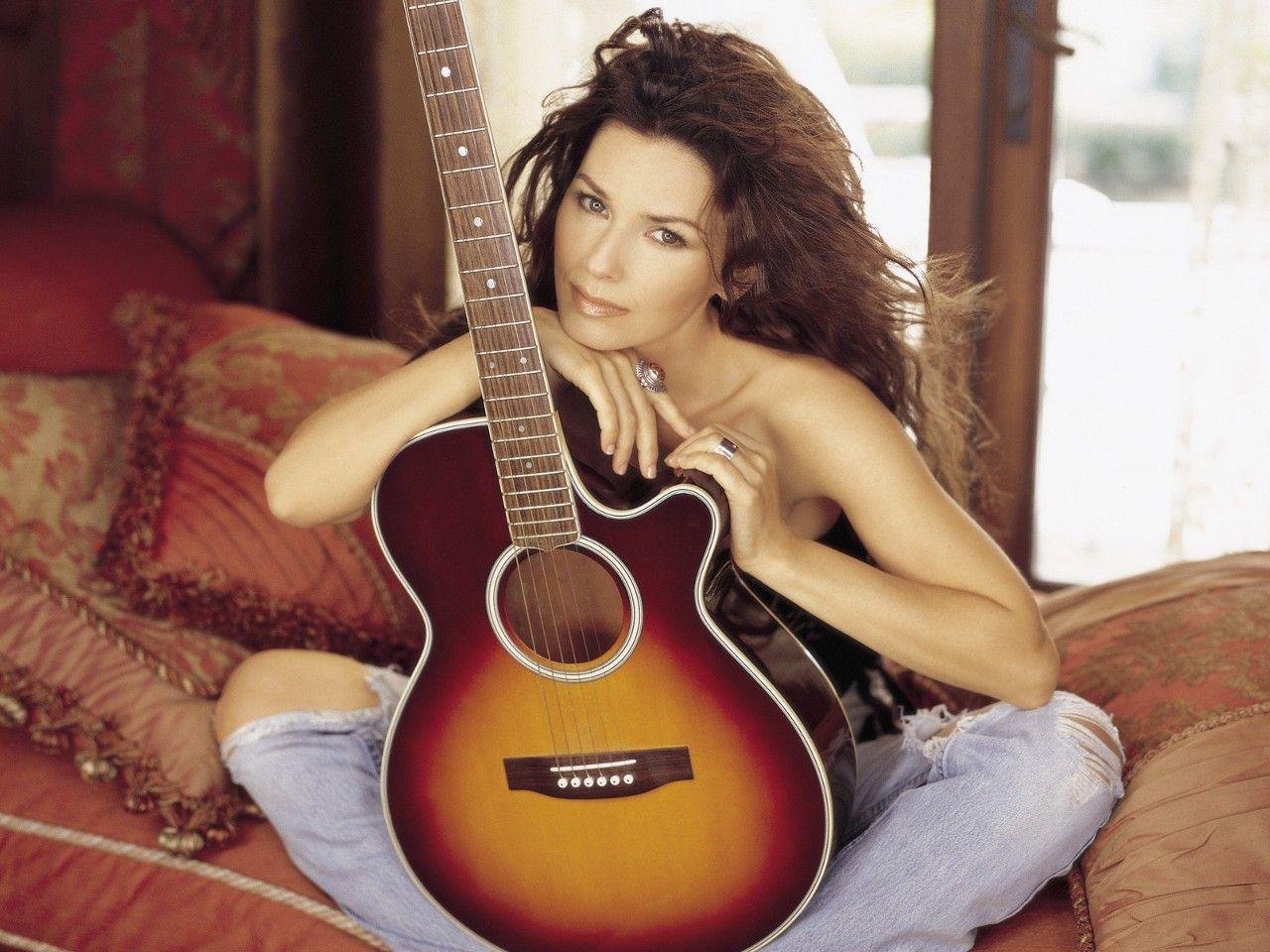 http://1.bp.blogspot.com/_5rFMRm_YIq8/TTd5hq2xrOI/AAAAAAAABHc/kz9Gd__5aWI/s1600/Shania_Twain.jpg