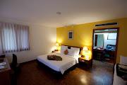 Hotel room (img )
