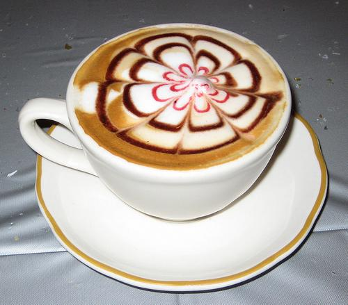 Un+fiore+di+cappuccino Delicious Coffee Latte Art  Too Beautiful to Drink