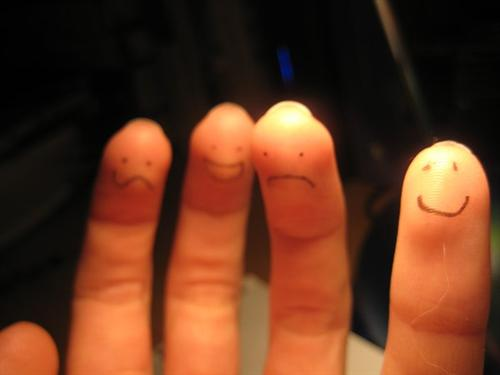 "finger+randomness+by+%7Echilipeppersfan92 45 Gorgeous ""Smiley Fingers"" Photographs"