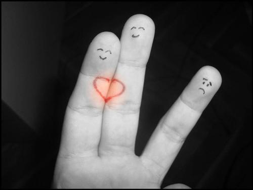 "Love by FifQnci+chethstudios.net 45 Gorgeous ""Smiley Fingers"" Photographs"