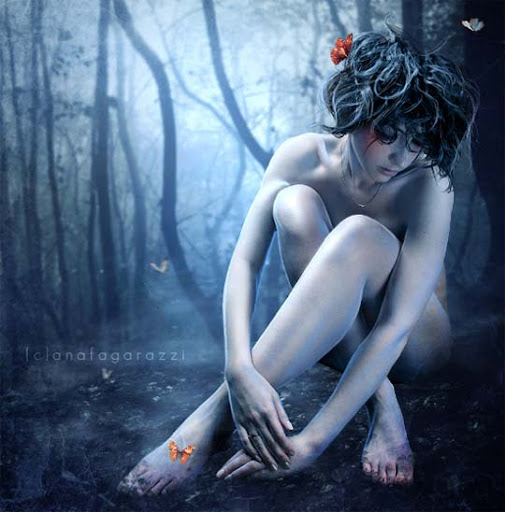 lullaby+of+nonexistence 40 Examples of Emotional Female Photomanipulation Art