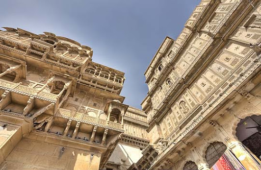 At+The+Corner+ +Jaisalmer+Fort+%28Jaisalmer%29 The Incredible India: 90 Spectacular Photos