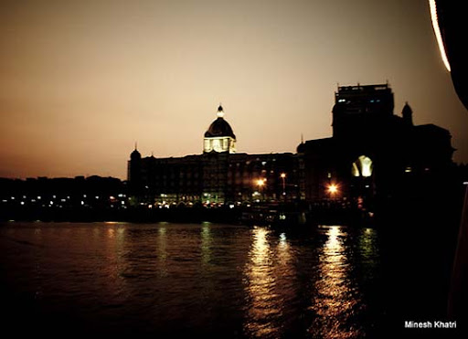 The+Taj+Hotel+and+Gateway+of+India,+Night,+Mumbai The Incredible India: 90 Spectacular Photos