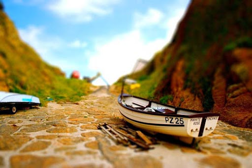 Little+Boats 50+ Beautiful Examples of Tilt Shift Photography