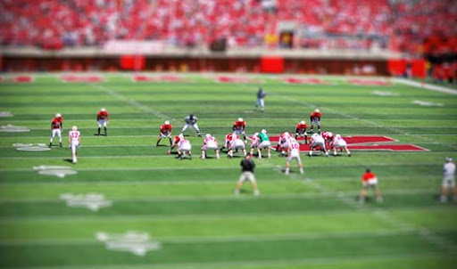 Tilt+Shift+Football 50+ Beautiful Examples of Tilt Shift Photography