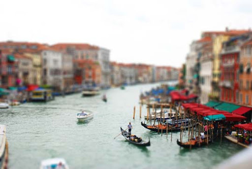 Faux+Tilt+Shift+1 50+ Beautiful Examples of Tilt Shift Photography