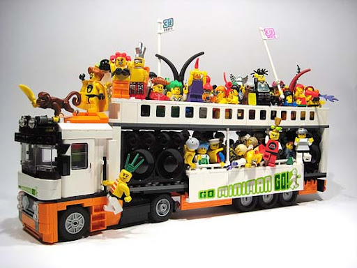 Go+Miniman+Go+And+Say+YEAH%21 50 Incredibly Creative LEGO Creations