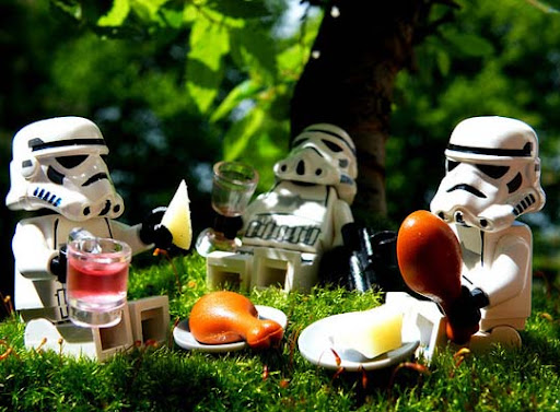 Stormtroopers%27+Picnic 50 Incredibly Creative LEGO Creations