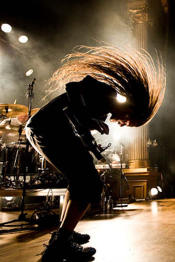 Backlight+headbang 44 Impressive Examples of Concert Photography | Inspiration