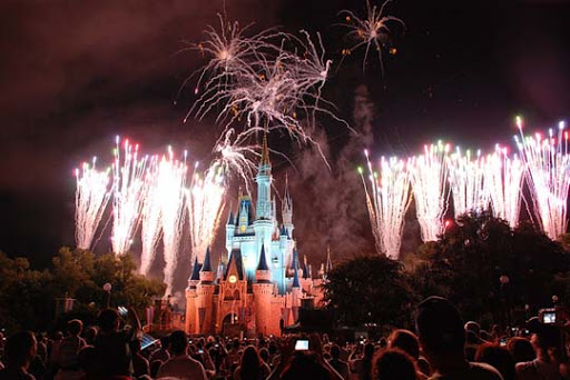 The+Magic+Kingdom 60+ Jaw Dropping Examples of Fireworks Photography
