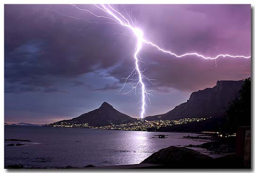 By+ +Just+John+  Striking and vivid Examples of Lightning Photography