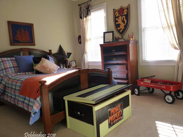 P1030465 Tween Bedroom makeover!