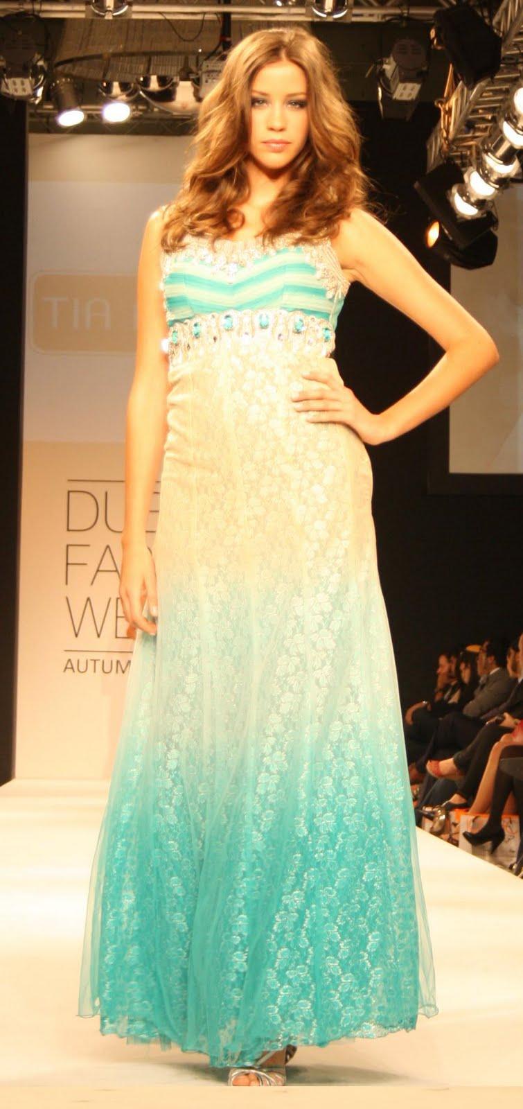 Abaya dubai fashion week in diffrnt style (4) Abaya 12