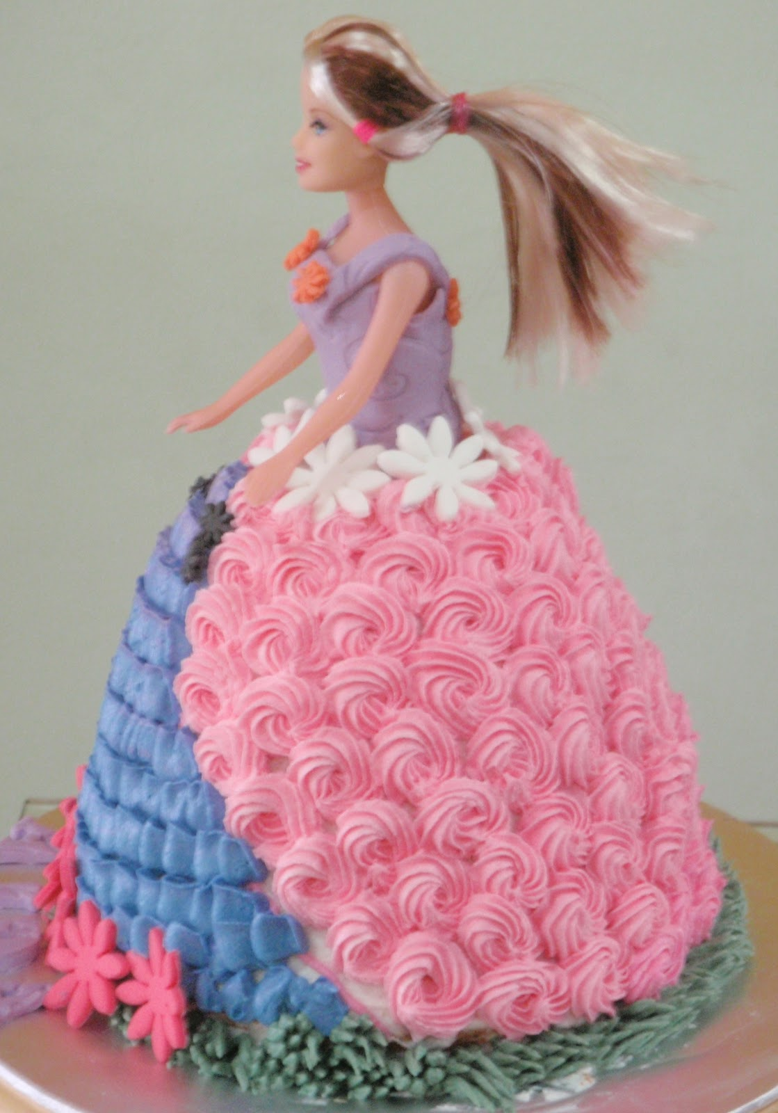 Images Of A Barbie Cake : Cuppy & Cakes: Barbie Doll Cake