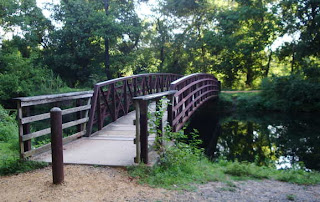 Footbridge at DeMott Lane over Delaware and Raritan Canal to the towpath