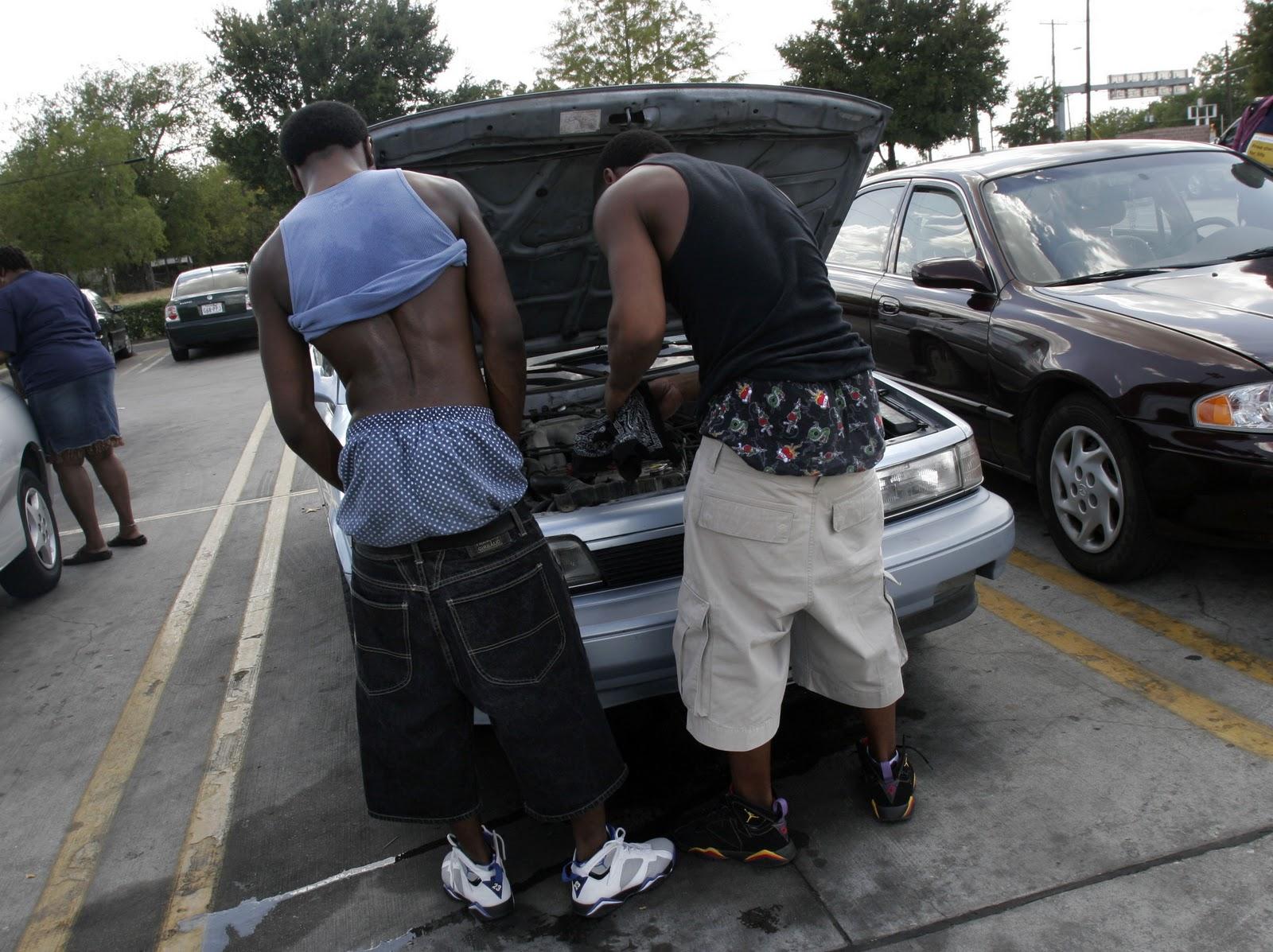 sagging pants easier cops catch