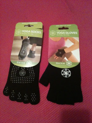 gaiam yoga socks and gloves review