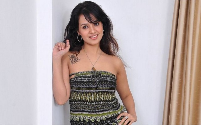 saloni hot images
