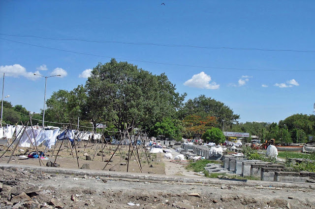 dhobi ghat in Pune blue skies