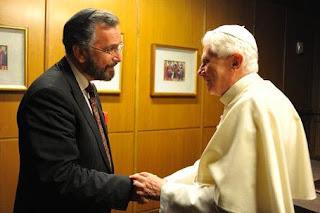El Rabino Rosen saluda al Santo Padre