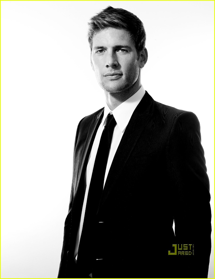 Ryan McPartlin - Picture Colection