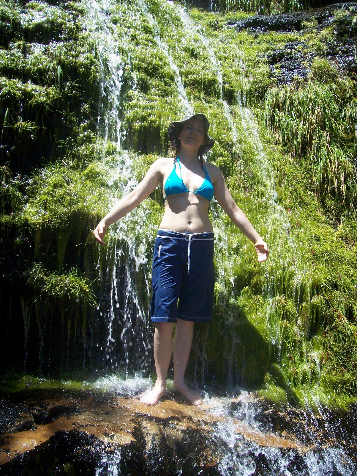 [waterfall]