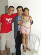 Pastor Paulo Cesar e seus filhos