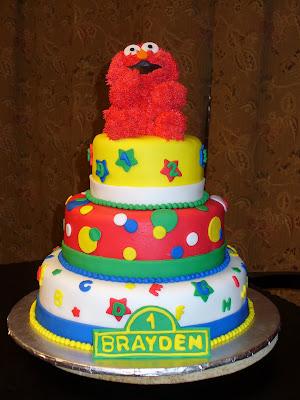 Elmo Birthday Cake on Iced And Sliced  Specialty Elmo Cake