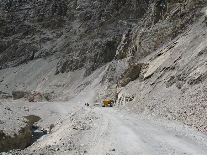 Land Slides on the Road to Leh