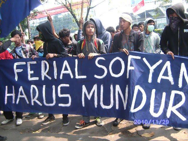 Ketua DPRD Propinsi DKI Jakarta Di Minta Mundur