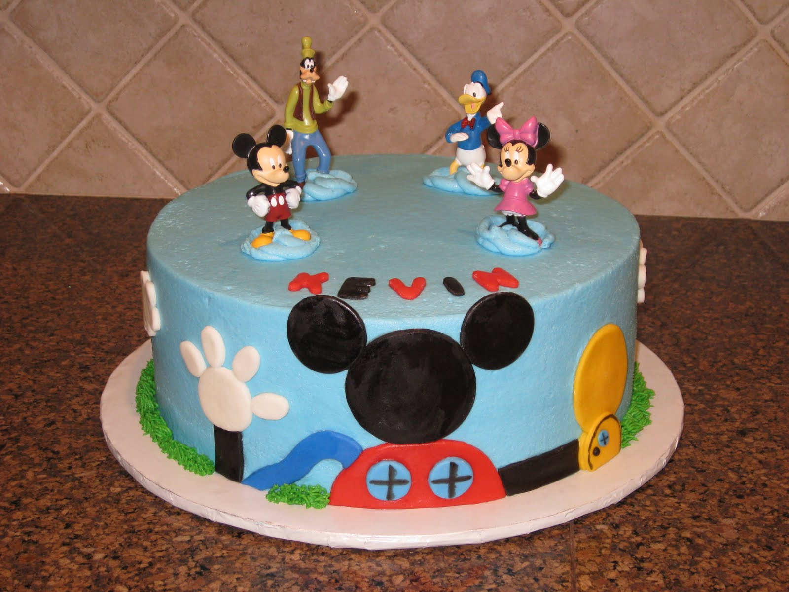 Shannon s Creative Cakes: Mickey Mouse Clubhouse Cake and ...