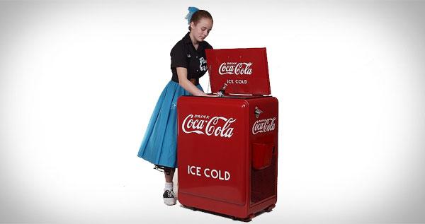 1930s Coca-Cola Machine - Refrigerated