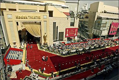 http://1.bp.blogspot.com/_65jZImxNIfY/R8QlAuX89vI/AAAAAAAABog/-Z9mRqkIr-g/s400/Kodak+theatre.jpg
