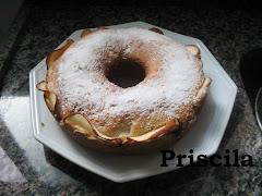 Bolo de Maçãs - Quente Prático da Priscila