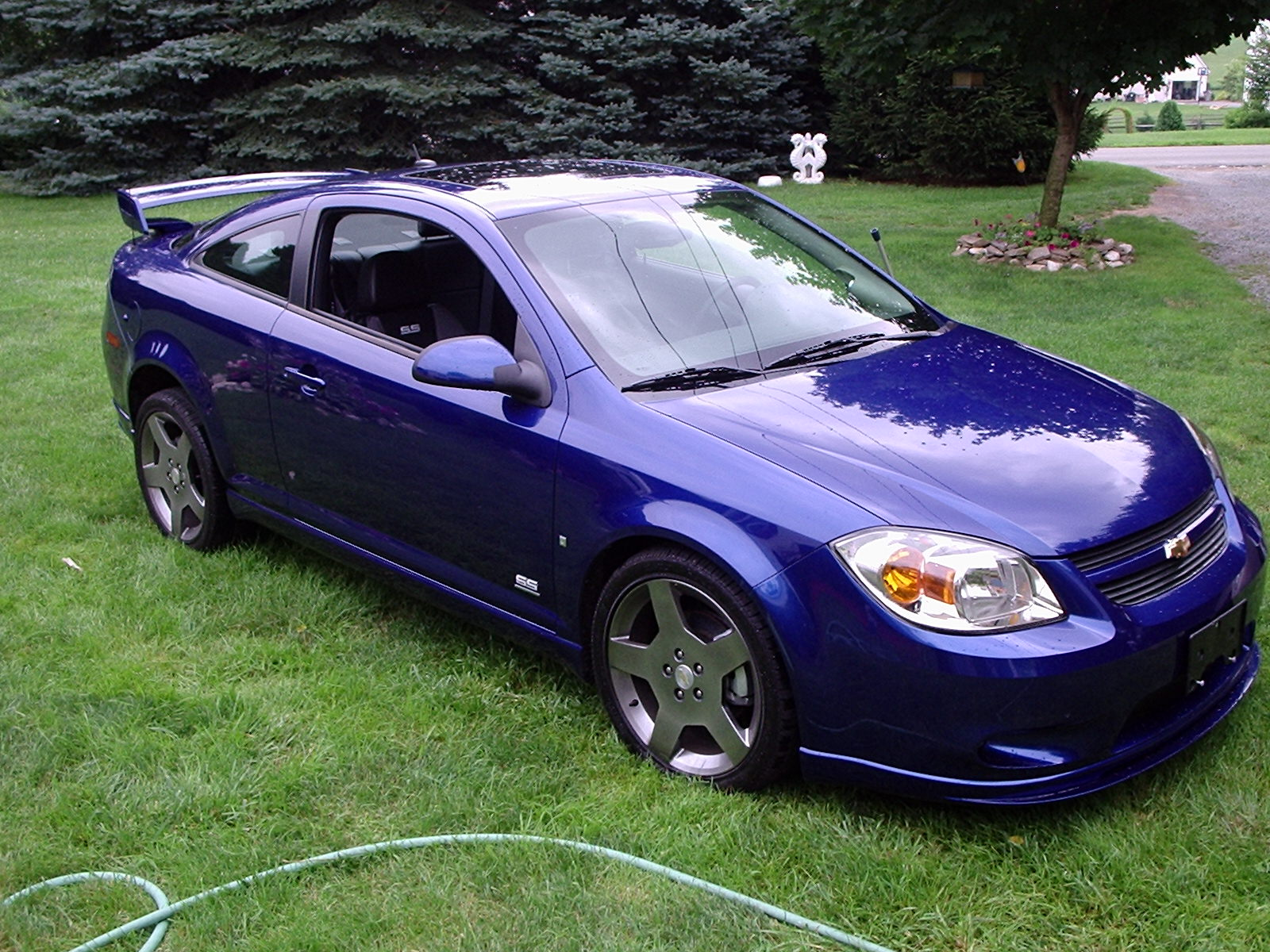 speedo car chevrolet cobalt the best deal in compact cars new cars car reviews car pictures. Black Bedroom Furniture Sets. Home Design Ideas