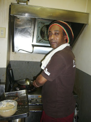 safari african restaurant bar asakasa japan, chef