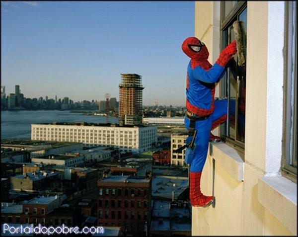Super-heróis em tempos de crise