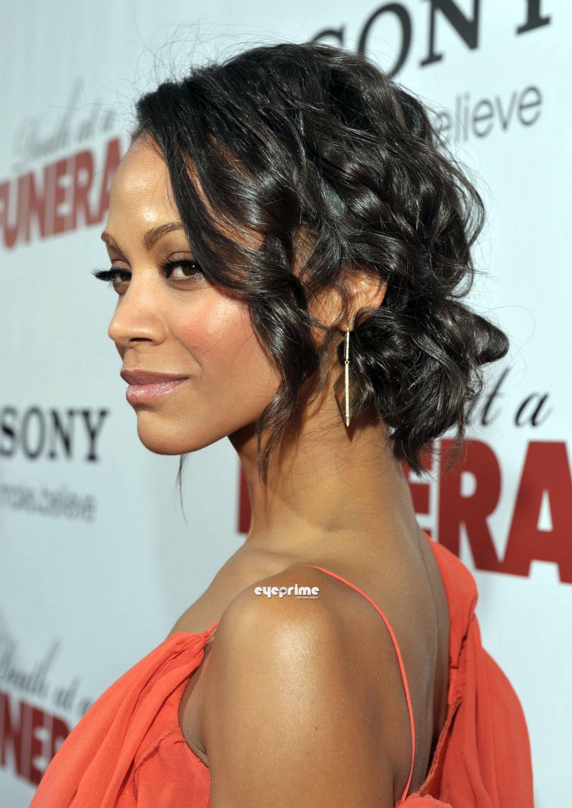 http://1.bp.blogspot.com/_6A8j2EQmANk/S8alZsa-P2I/AAAAAAAABSI/aOFcOkawxFI/s1600/Zoe+Saldana1.jpg