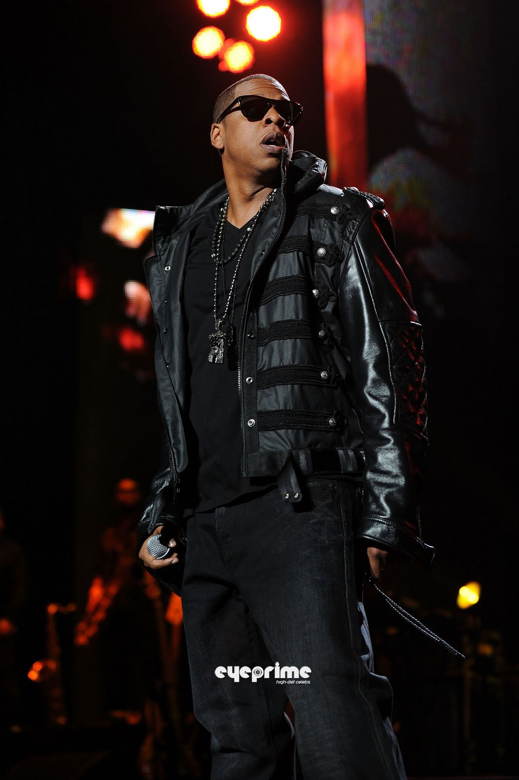 shawn corey carter jayz Rap star jay z (real name: shawn carter) was arrested by new york city cops in december 1999 for allegedly stabbing a record executive at a manhattan nightclub originally charged with felony assault, the.