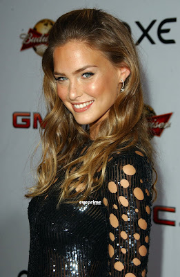 Bar Refaeli Hot Photo