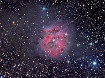 "NASA Photographs a Impressive And Good-looking ""Nebula"""