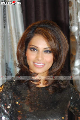 Bipasha Basu Becomes Brand Ambassador Dicitex Furnishing