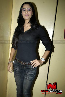Shweta Tiwari and Anita Hassanandi at Glam Benny Babloo (Photo)