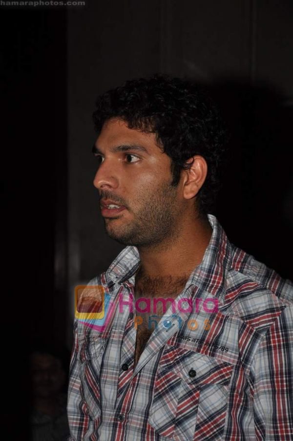 Yuvraj Singh at SKYZ 6th anniversary