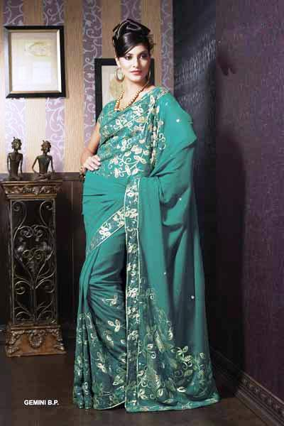 Designer Wallpaper on Indian Designer Sarees Collection Photos   Model In Saree