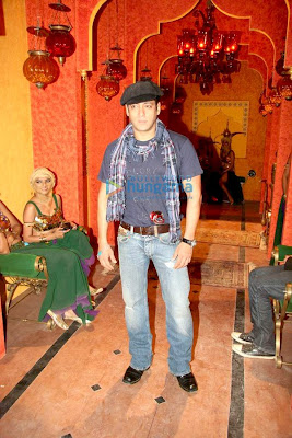 Salman khan on the set of
