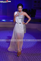 Malaika Arora Khan very hot with short dress on at HDIL Fashion Show