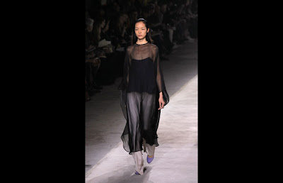 Paris Fashion Week Summer 2011 Photo Gallery